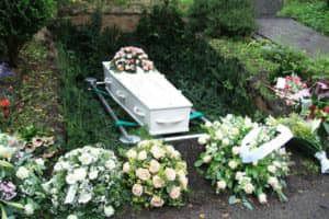 begrafenis-11194247_m