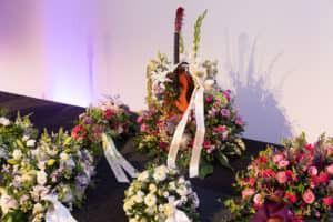 Bloemen bij uitvaart Jan Leliveld - Mijn laatste podium