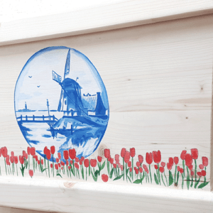 Beschilderde uitvaartkist door Vanessa van Munster - Hollands landschap