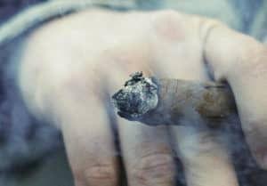 sigaar rokend